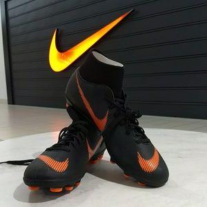 Nike Superfly 6 Club MGCleats Mens 9